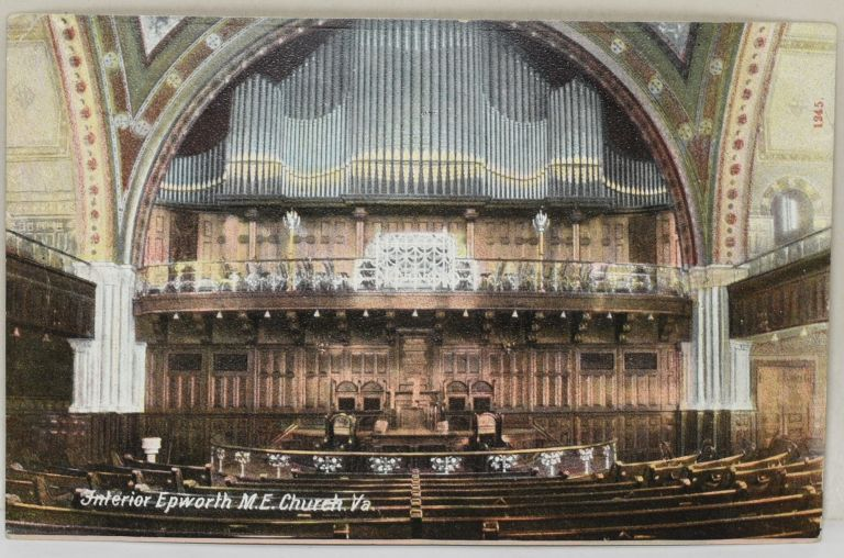 [POSTCARD] INTERIOR EPWORTH M.E. CHURCH. VA.